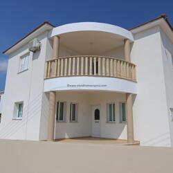 3 Bedroom Detached House In Vrysoulles For Sale